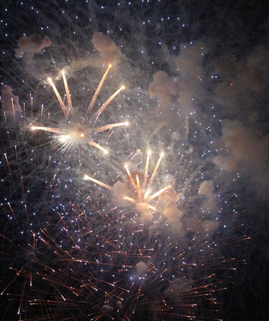 cambridge charles river fireworks 4