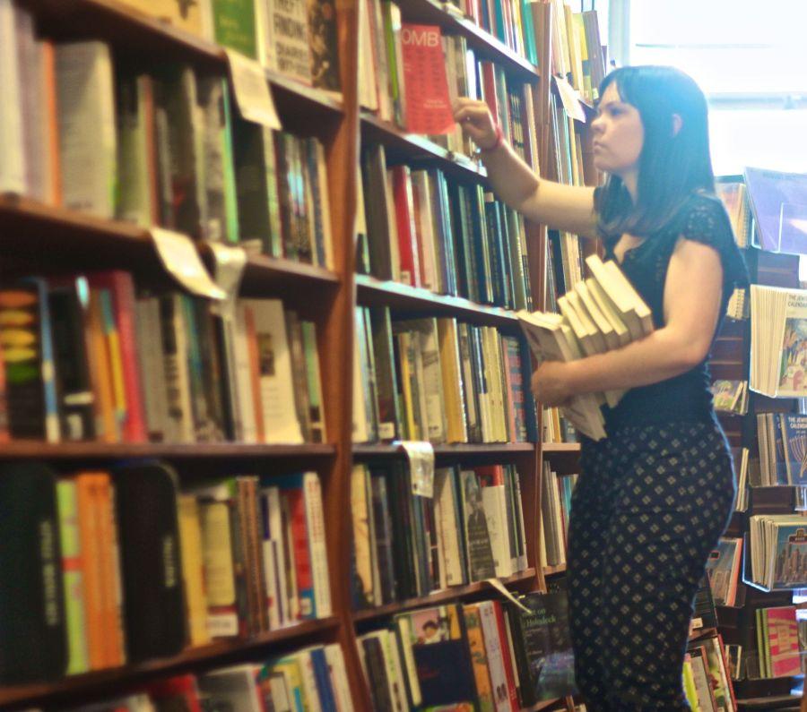 cambridge harvard book store people 1