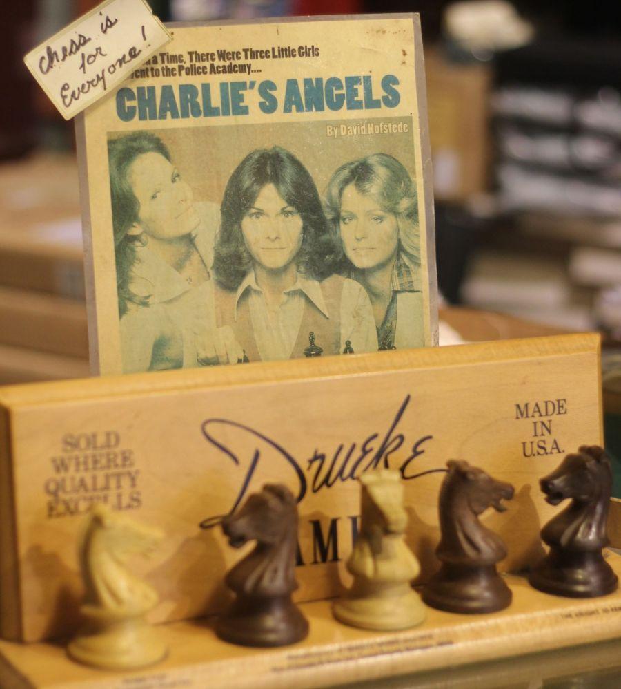 cambridge Leavitt & Peirce shop chess set