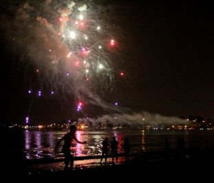 boston revere beach sand sculptures 2017 fireworks