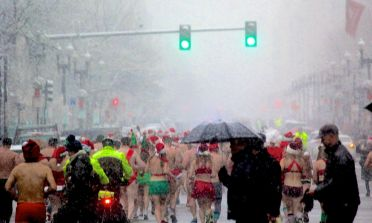 boston santa speedo run december 9 2017 11