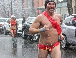 boston santa speedo run december 9 2017 15