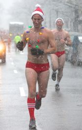 boston santa speedo run december 9 2017 18