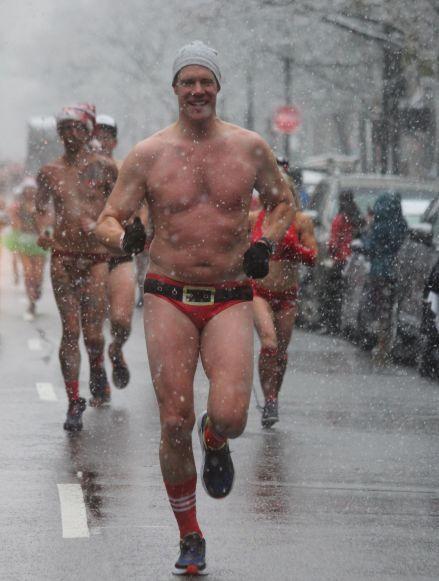 boston santa speedo run december 9 2017 22
