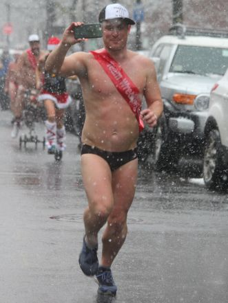 boston santa speedo run december 9 2017 25