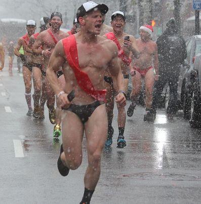 boston santa speedo run december 9 2017 28