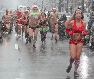 boston santa speedo run december 9 2017 32