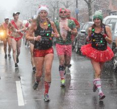 boston santa speedo run december 9 2017 35