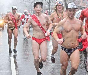 boston santa speedo run december 9 2017 36