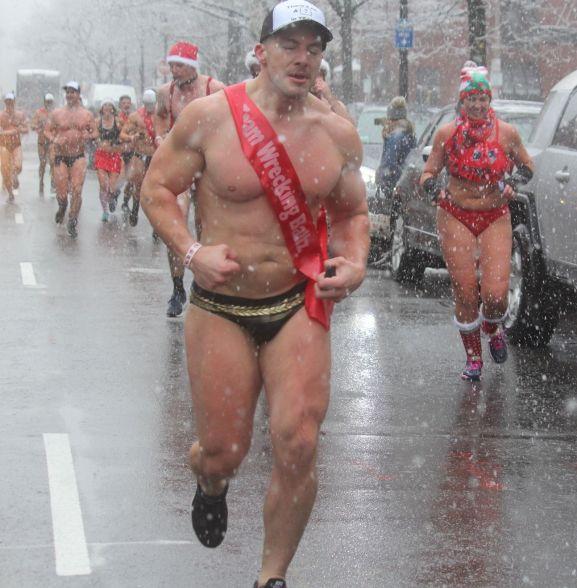 boston santa speedo run december 9 2017 37