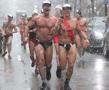 boston santa speedo run december 9 2017 39