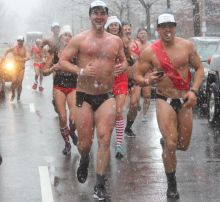 boston santa speedo run december 9 2017 40