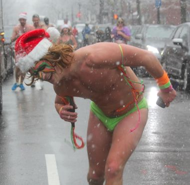 boston santa speedo run december 9 2017 46