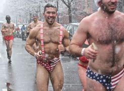 boston santa speedo run december 9 2017 47