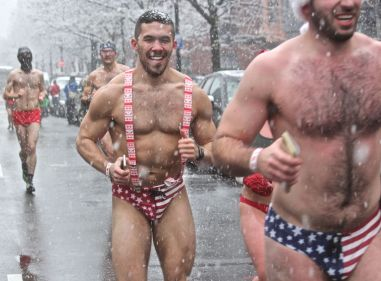 boston santa speedo run december 9 2017 47