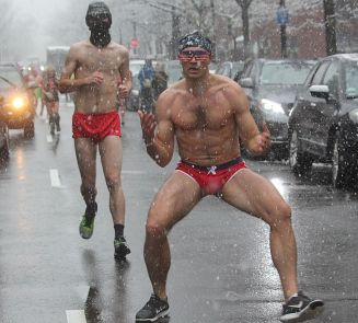 boston santa speedo run december 9 2017 48