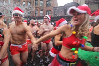 boston santa speedo run december 9 2017 9