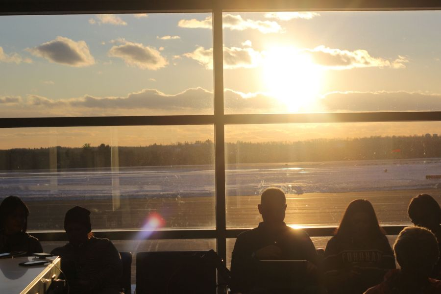 worcester airport people waiting 3