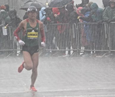 boston marathon april 16 2018 winner Yuki Kawauchi