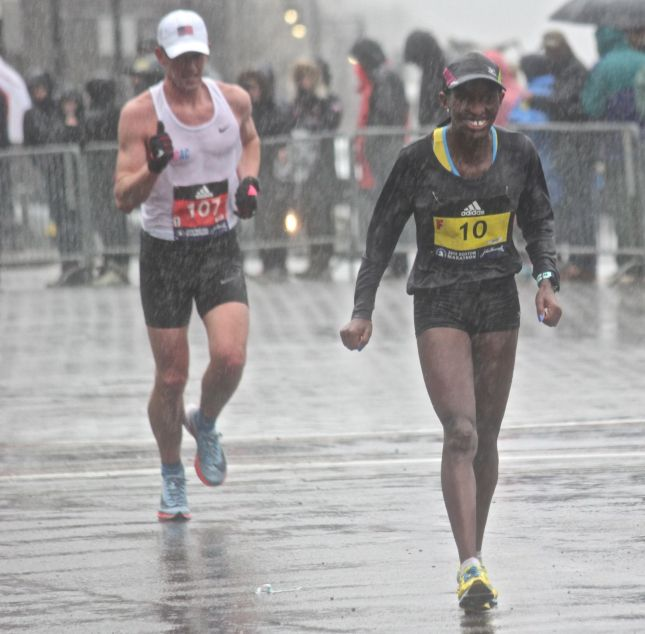 boston marathon april 16 2018 woman runner 10
