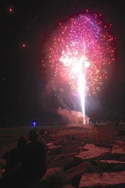 winthrop fireworks 12