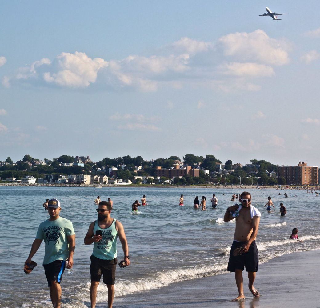 revere beach people on the beach 2
