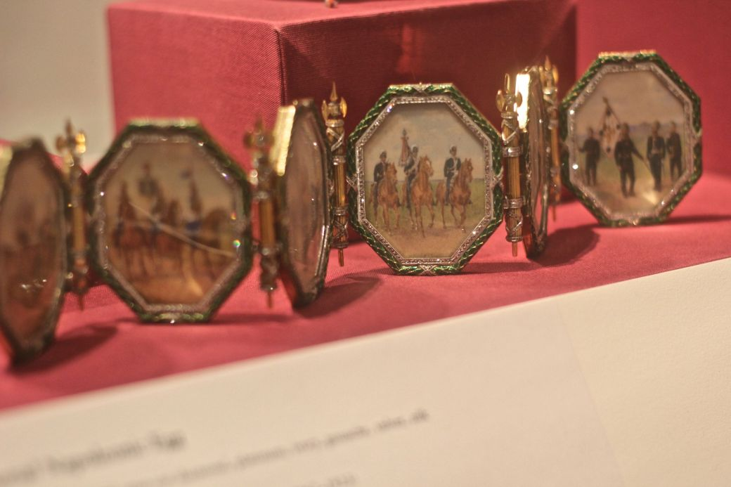 new york metropolitan museum of art faberge frames