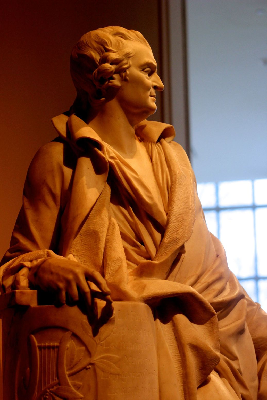 new york metropolitan museum of art statue man profile