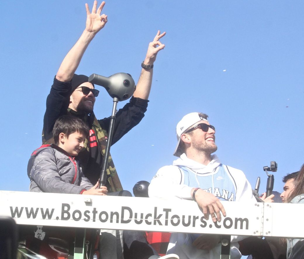 boston new england patriots super bowl celebration february 5 2019 tom brady with son