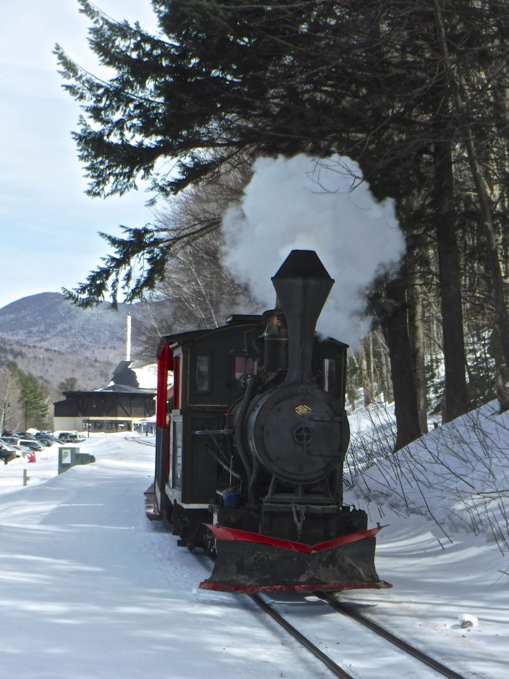 new hampshire loon ski resort steam train 2