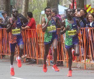 boston marathon april 15 2019 winner lawrence cherono with desisa kipkemoi