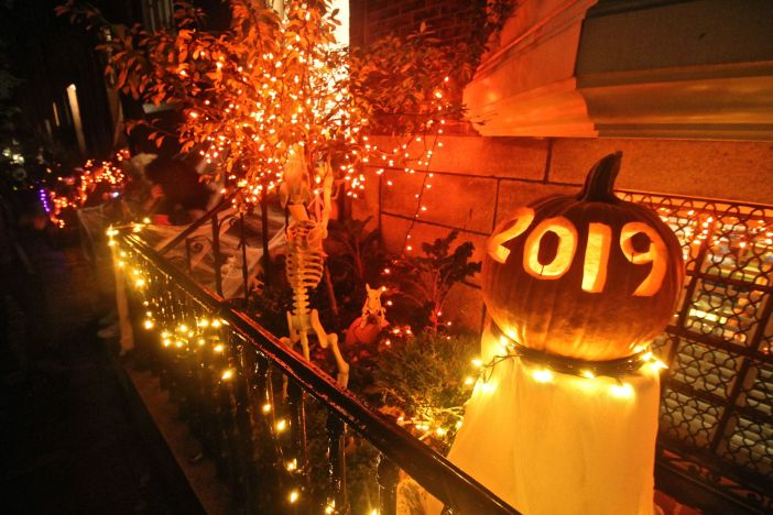 boston beacon hill halloween celebration 2019 halloween pumpkin