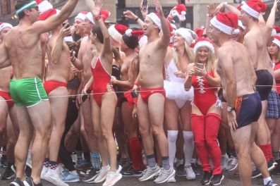 boston santa speedo run 2019 10