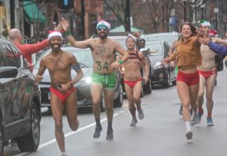 boston santa speedo run 2019 21