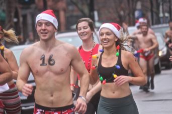 boston santa speedo run 2019 23