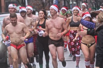 boston santa speedo run 2019 24