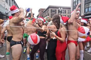 boston santa speedo run 2019 5