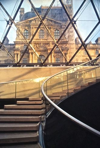 paris louvre pyramic stairs curved slides 2001